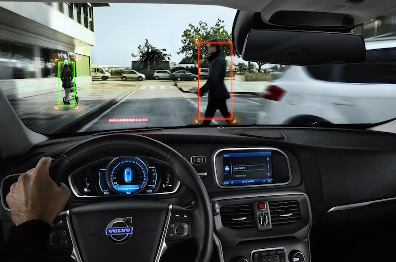 volvo-safety-systems_100417371_l