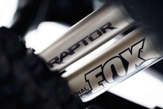 2017-ford-f-150-raptor-fox-shocks