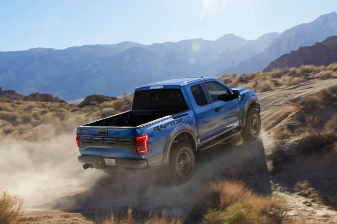2017-ford-f-150-raptor-right-rear-uphill