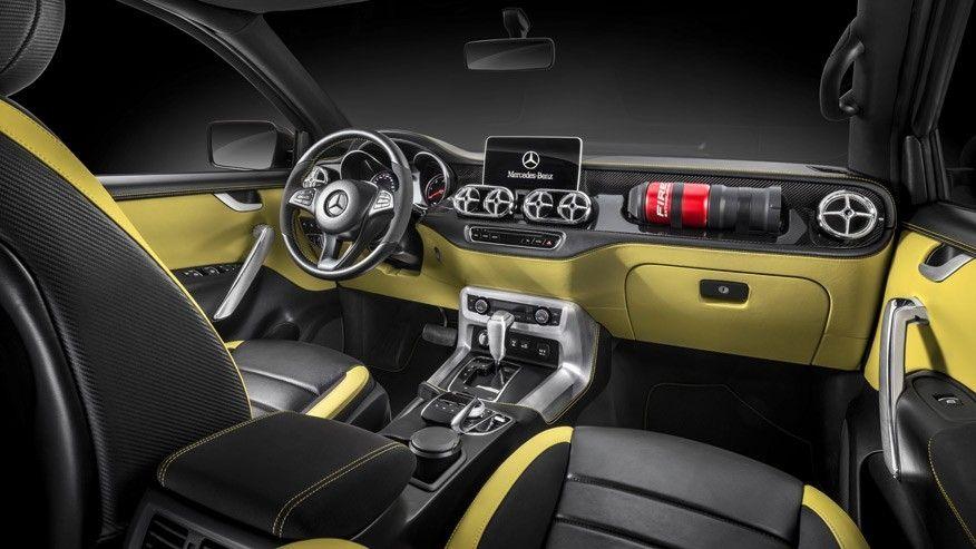 4waam-mercedes-x-class-interior