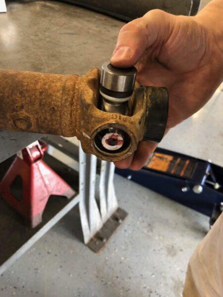 How To - Double Cardan Driveshaft Rebuild - 4WAAM