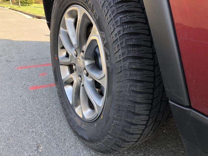 yokohama geolandar a t g015 all terrain tires on road. Black Bedroom Furniture Sets. Home Design Ideas