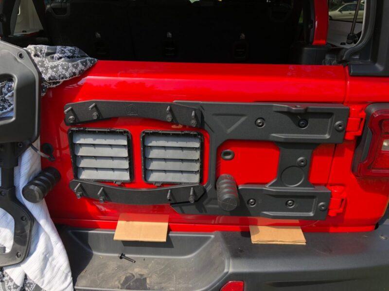 Jeep Wrangler Wheel Spacers >> MOPAR JL Tire Carrier Upgrade - 4WAAM